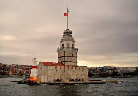 9 devichya - ТОП 10 достопримечательностей Стамбула