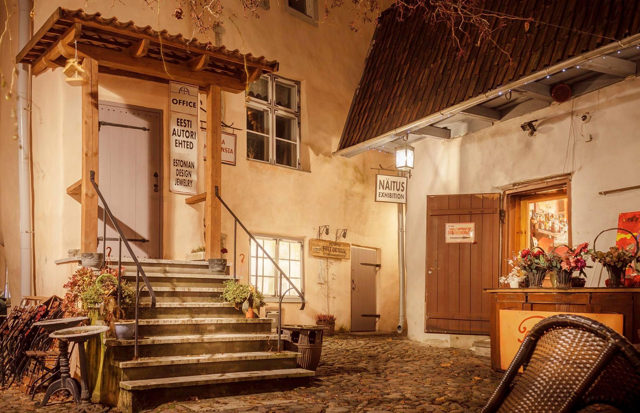 dvor masterov - ТОП-10 достопримечательностей Таллина
