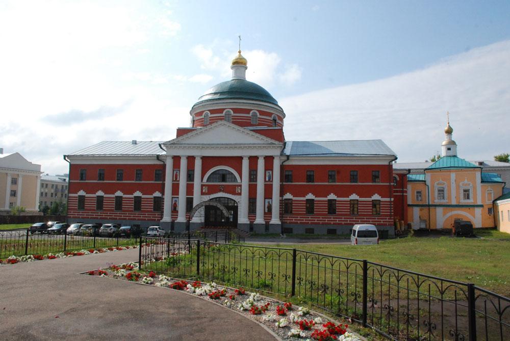 monastir bogorodickiy kazan bld - Что и где посмотреть в Казани - места