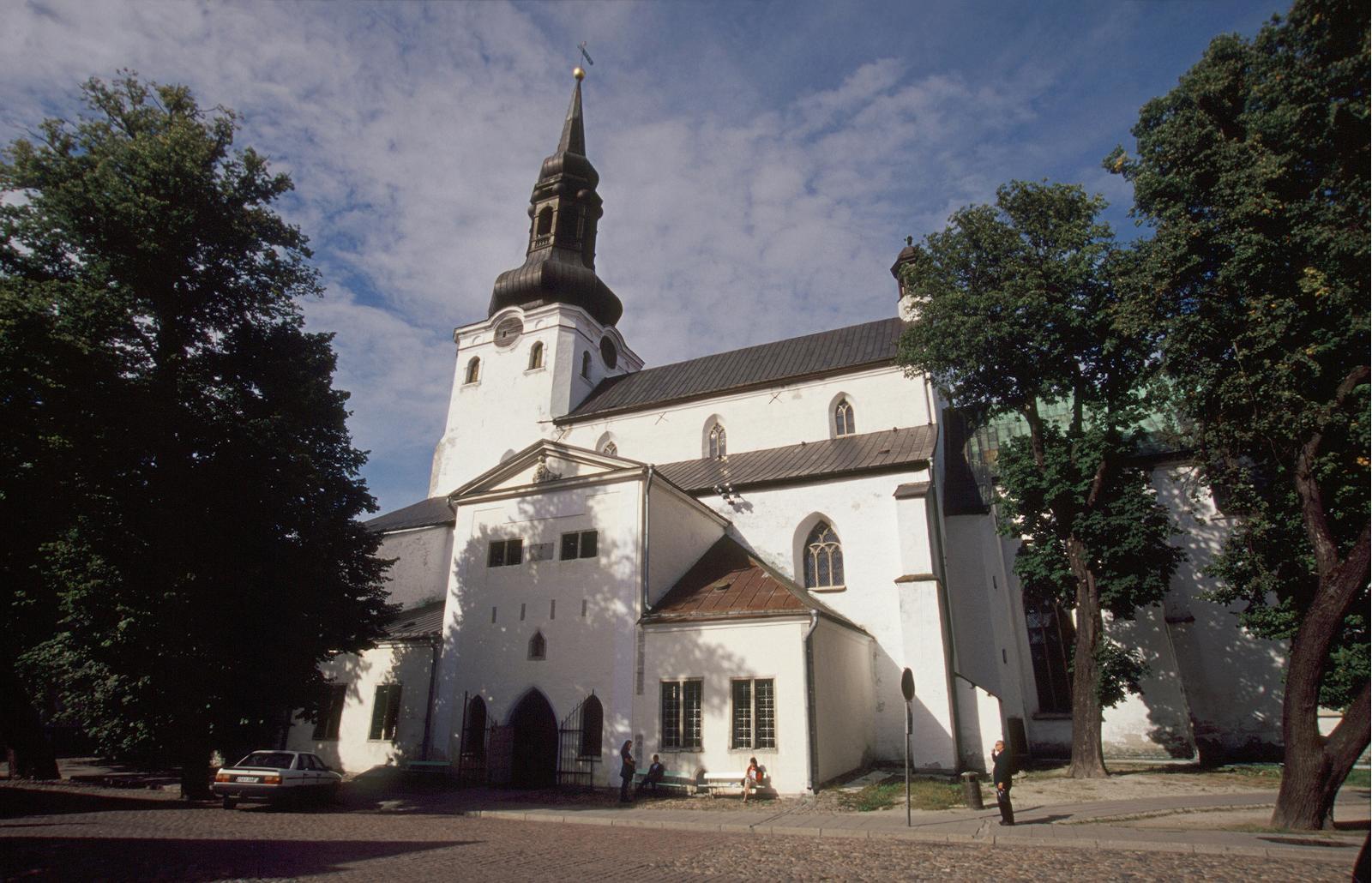 nr026  1 - ТОП-10 достопримечательностей Таллина