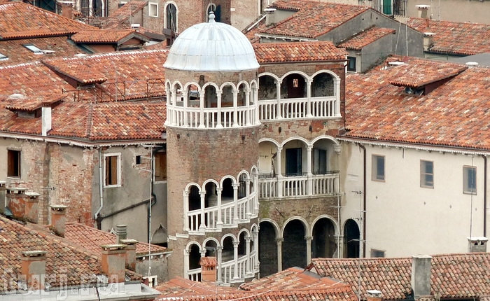 pen - Топ 10 достопримечательностей Венеции - фото и описание