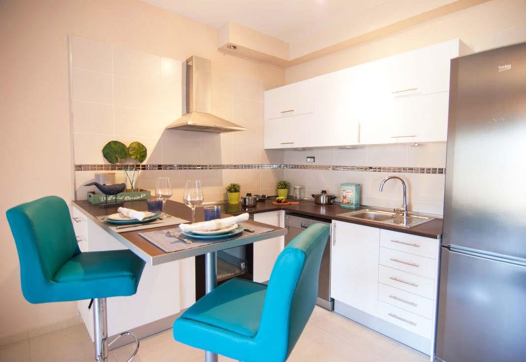 ku3 - Современный дизайн маленькой кухни