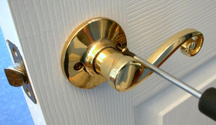 3 - Как починить дверь своими руками