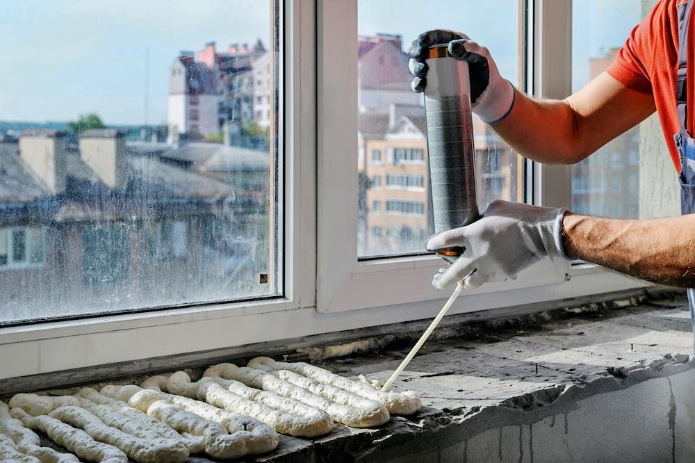 5b9513140ab07 - Как заделать швы герметиком, затиркой и серпянкой