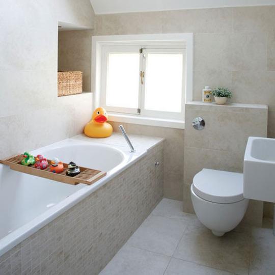 d7496b667df22c71d91392fb1367e857 1 - Как красиво заделать края и низ ванной?