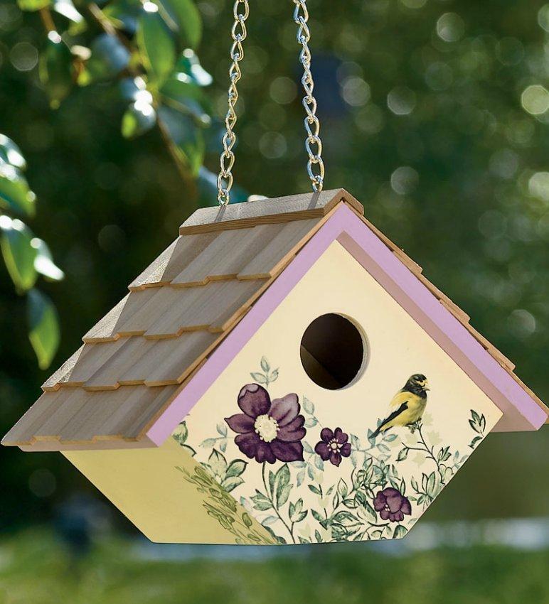e1493bcf4bd8d9ea7073805bed298f82 - Как сделать кормушку для птиц из разных материалов
