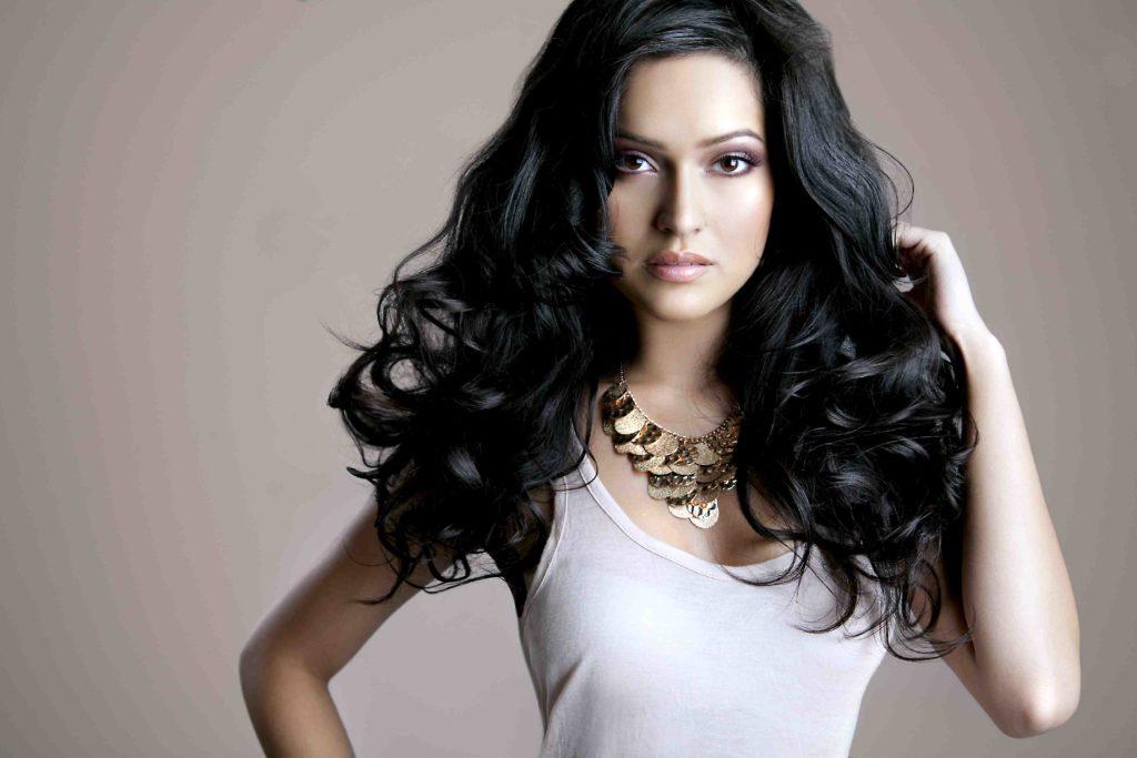 models images 8 1024x683 - Красивые укладки для коротких и длинных волос
