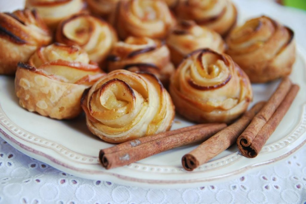 pechene rozochki 1024x685 - Учимся готовить тесто
