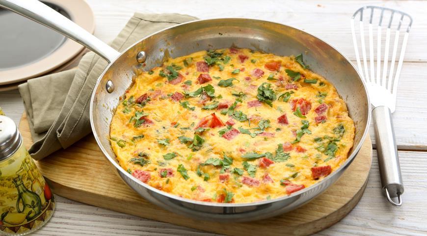 b694596d - Как приготовить вкусный омлет на сковороде и в духовке