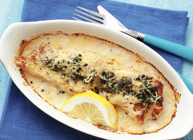 e4f099b25a831e89c41ffb5676a518ff shutterstock 134322683 - Как правильно разделать и вкусно приготовить рыбу дорадо