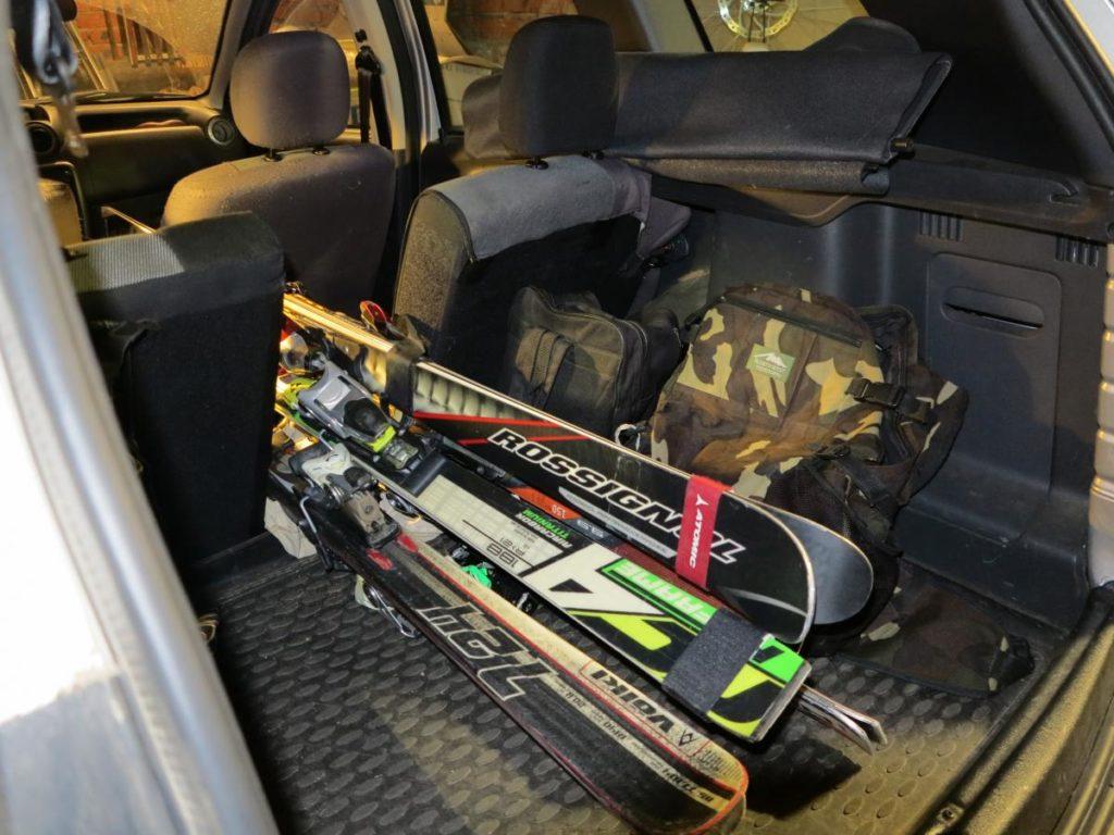 post 1196 0 78026200 1456688074 1024x768 - Как перевозить и чинить лыжи