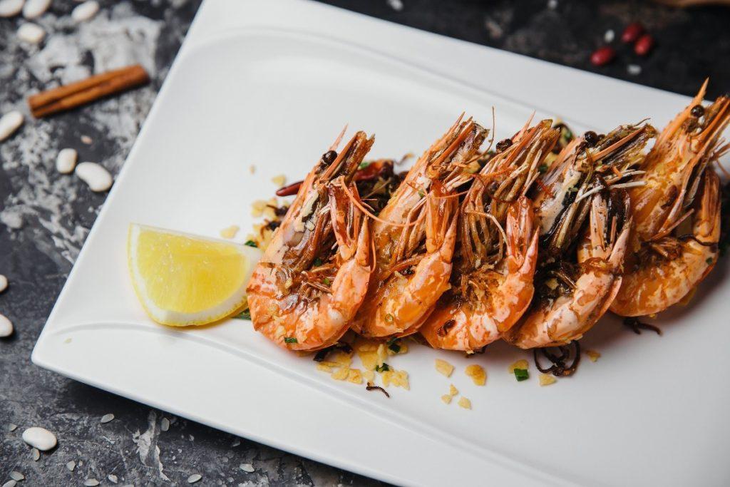 11457993 1024x683 - Как правильно разделать и вкусно приготовить креветки