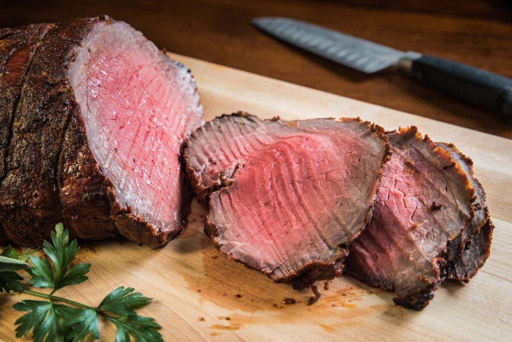 cab roast 1 1024x684 - Как приготовить стейки или отбивную дома