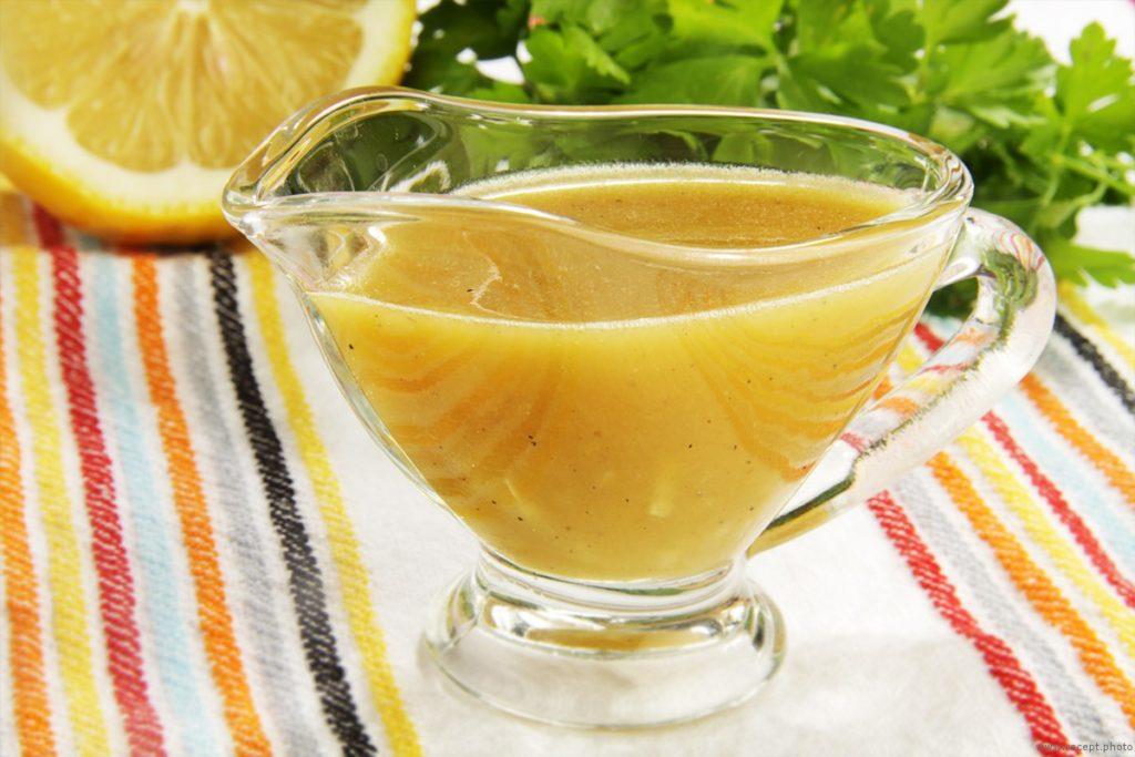 souce honey 1024x683 - Как сделать домашнюю горчицу