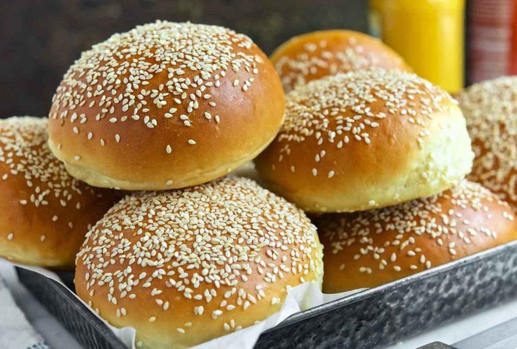 31 3 large 1024x693 - Как приготовить вкусные бургеры в домашних условиях