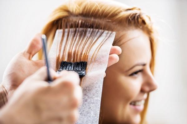 82f1fdb7 53e9 49bb 9baf 125ac0e3b9e4 - Как вывести темный или черный цвет волос