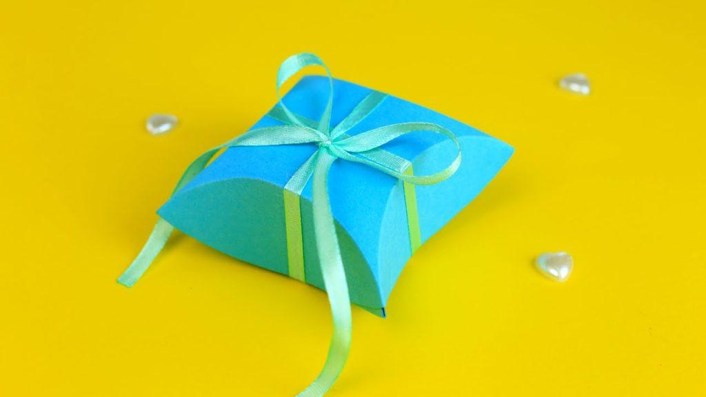 maxresdefault 1 1 1024x576 - Как сделать подарочную коробочку своими руками
